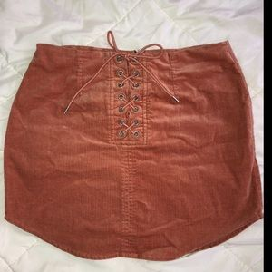 Stretchy corduroy mini skirt!